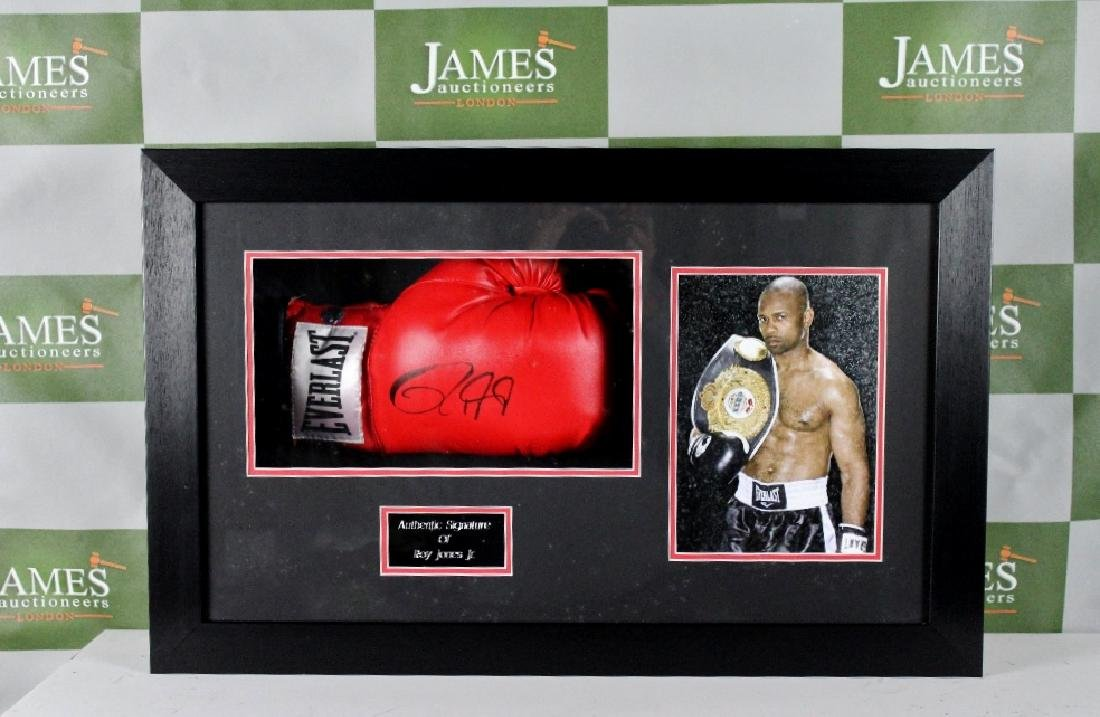 Boxing interest-Hall of Fame Roy Jones Jnr signed glove