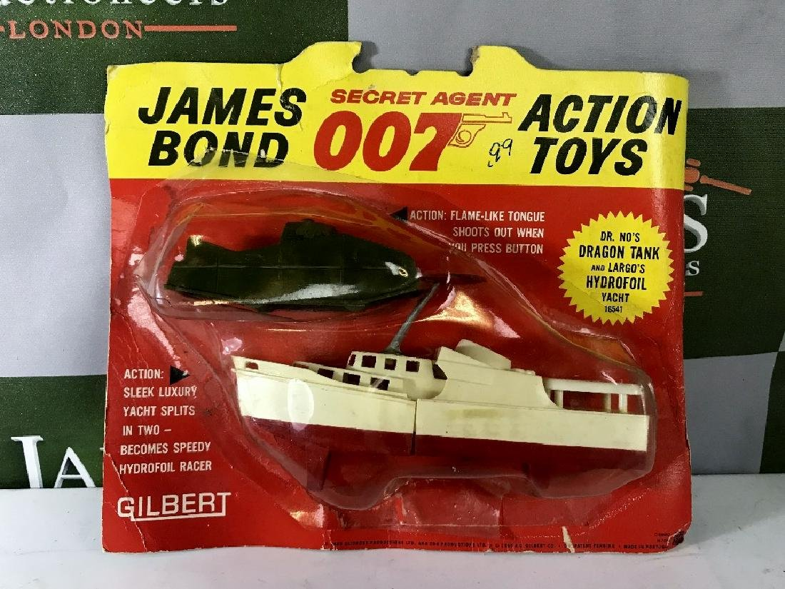 Gilbert James Bond 007 Dr No's Dragon Tank & Largo's