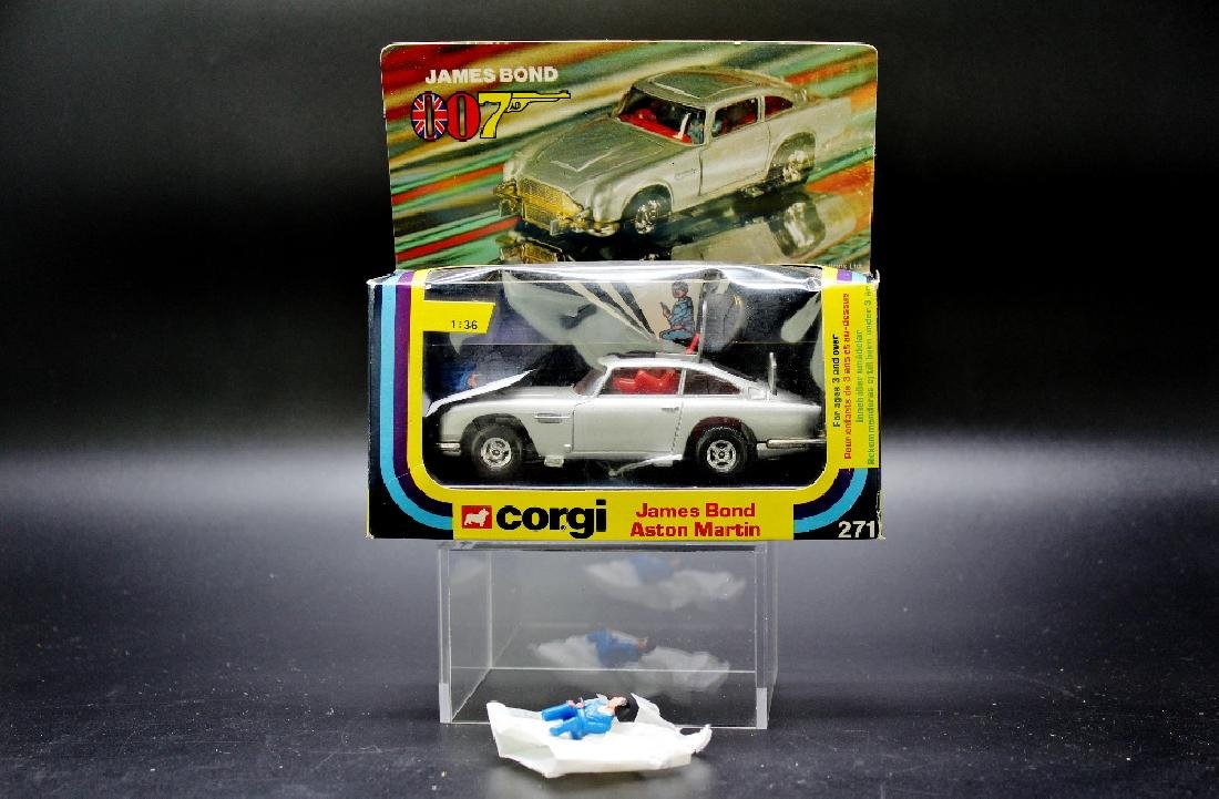 Corgi Toys James Bond Aston Martin model no.271, boxed, - 2
