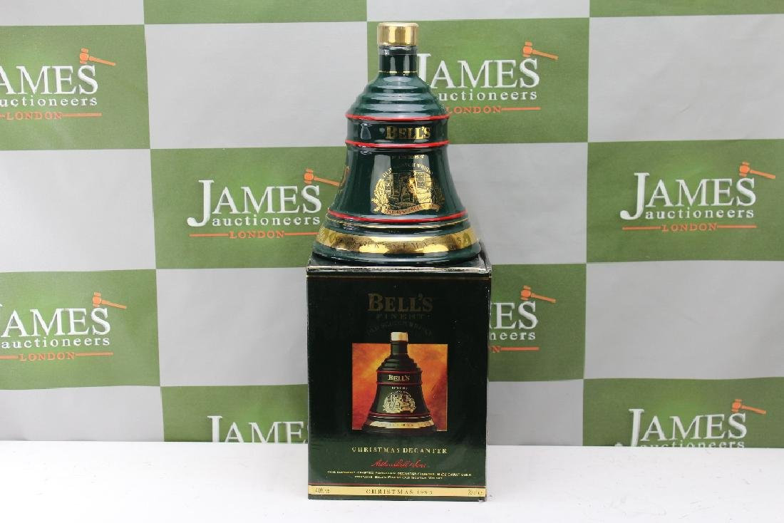 Boxed Wade Bell's -Scotch Whiskey Decanter ltd edition,