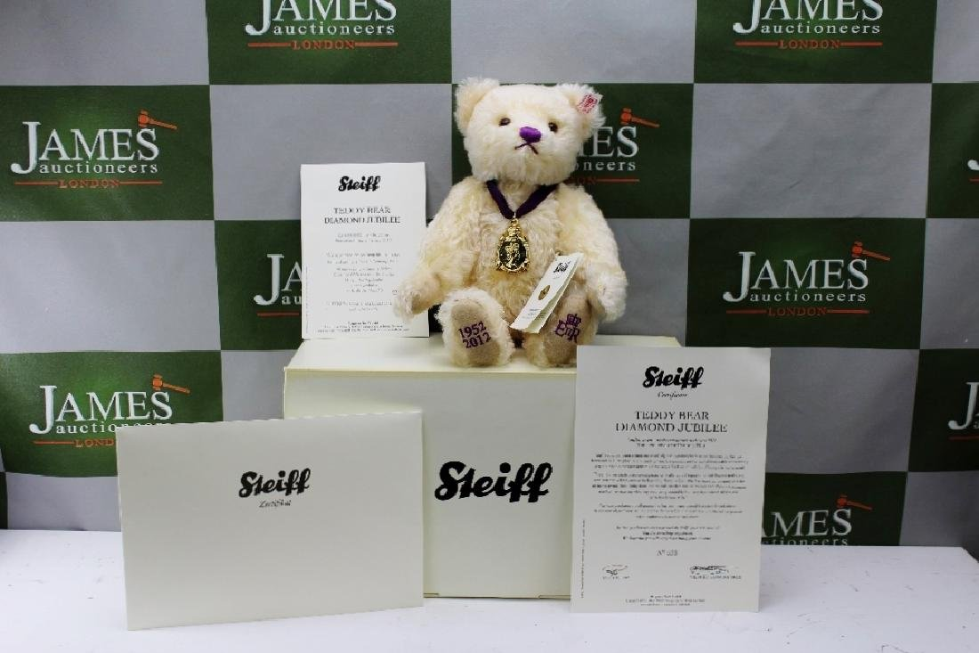 A Steiff 2012 limited edition Diamond Jubilee Teddy
