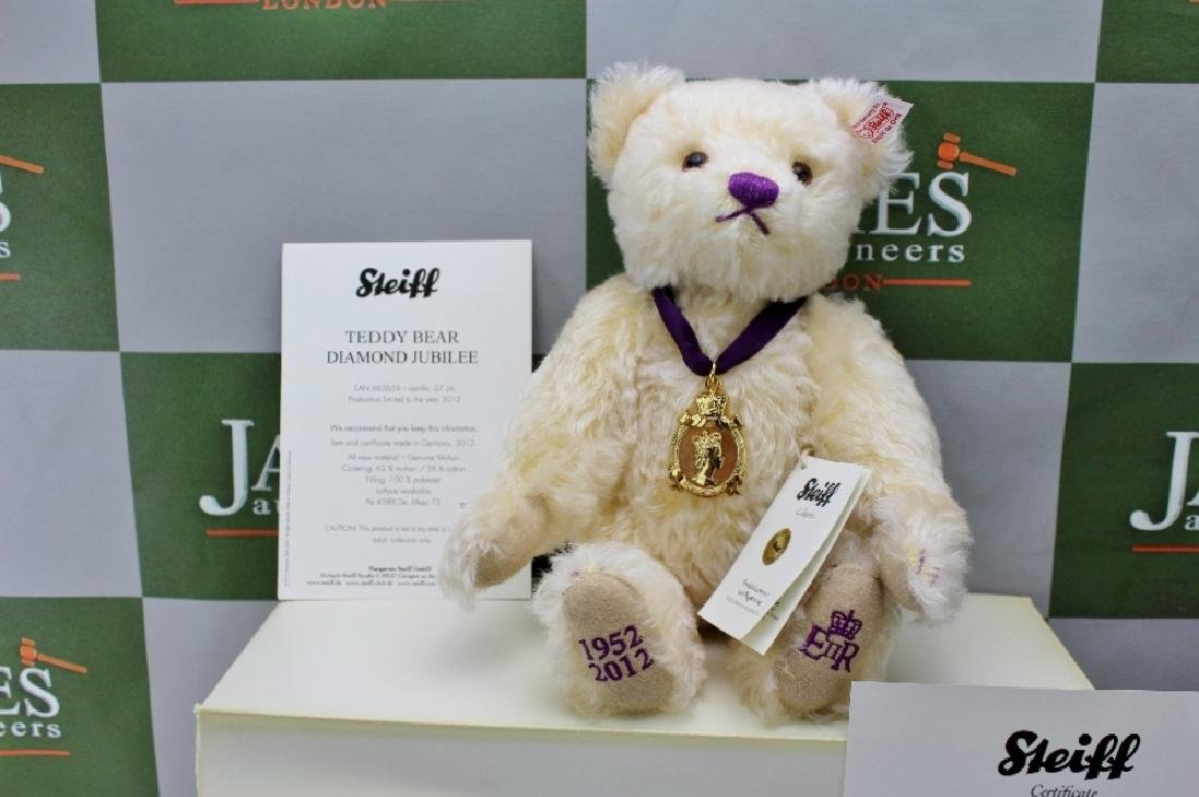 A Steiff 2012 limited edition Diamond Jubilee Teddy - 2
