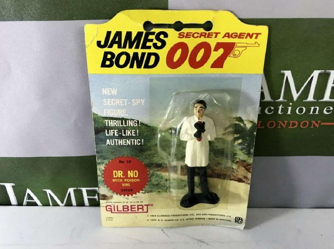 Gilbert James Bond 007 Dr No No 10 Figure On Card