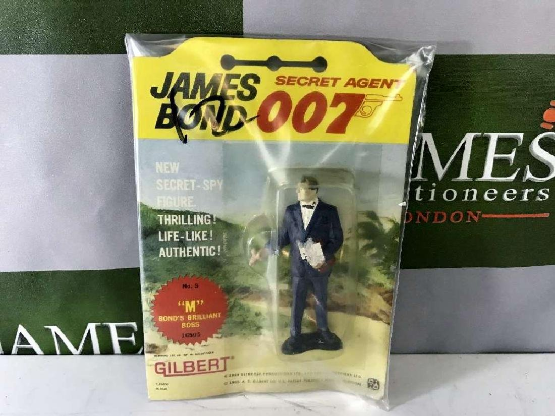 Gilbert James Bond 007 M No 5 Figure On Card
