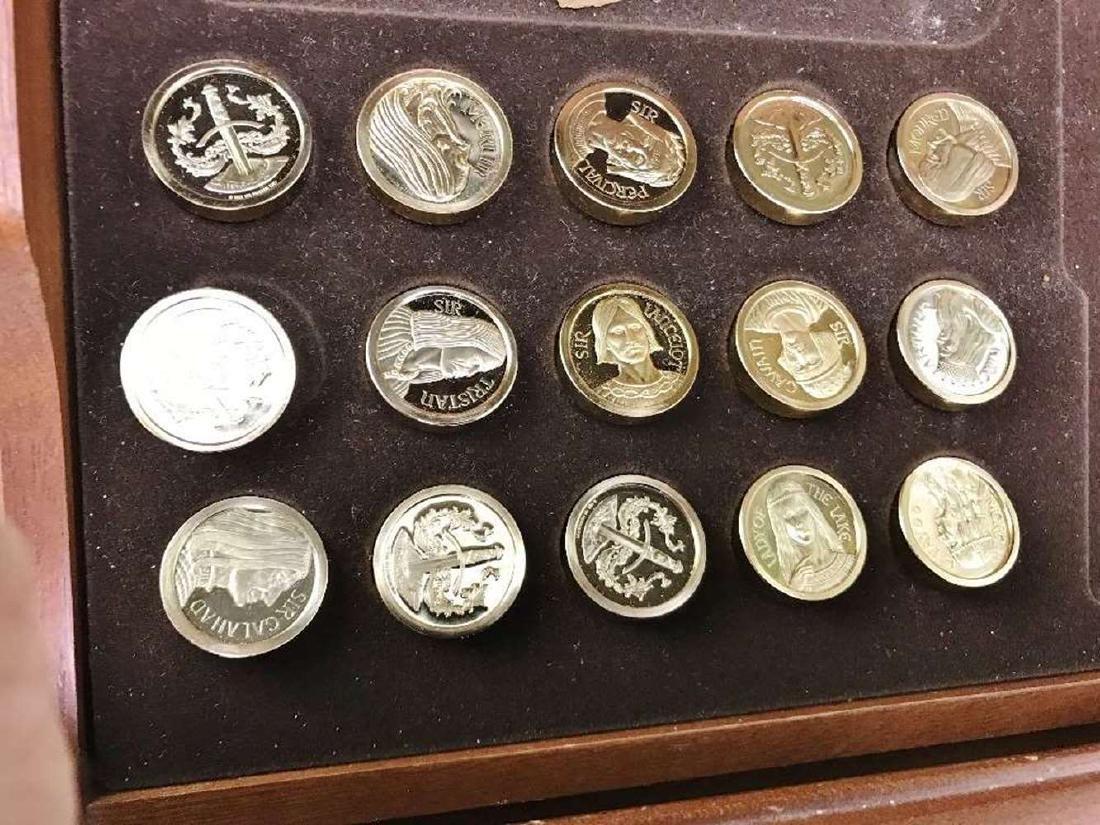 Franklin Mint Excalibur Backgammon Gold & Silver Set - 4