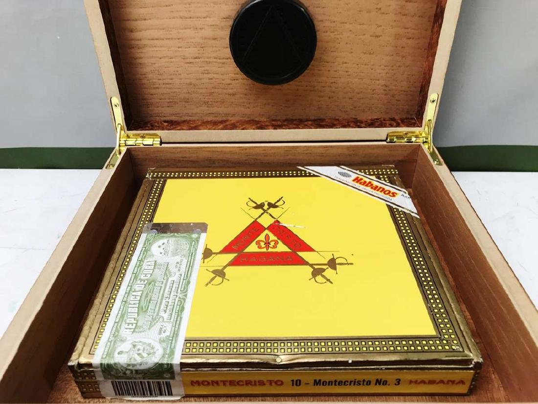 Montecristo #3 Cigars Sealed With A Burr Wood Humidor - 4