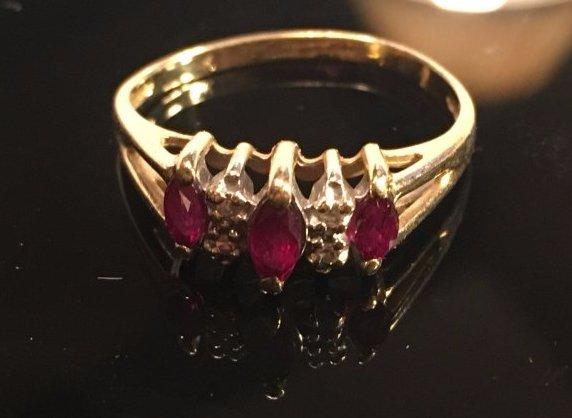 Graceful Ladies Ruby & diamond Ring 14k Gold
