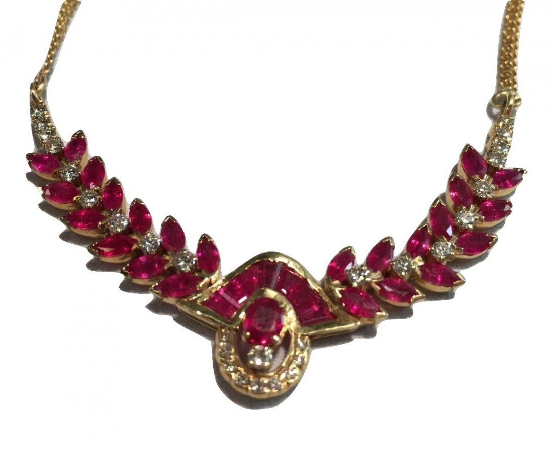 Glamorous Ruby & Diamond Necklace 18k Gold GIA