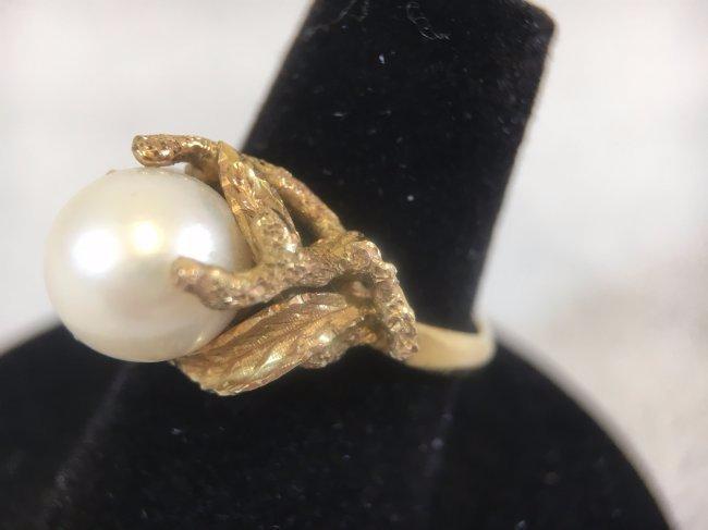 Glamorous Freshwater Pearl Ring set in 14K gold