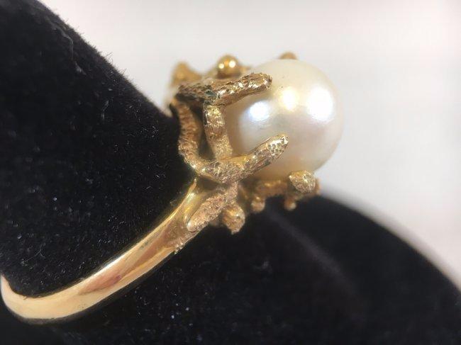 Glamorous Freshwater Pearl Ring set in 14K gold - 3