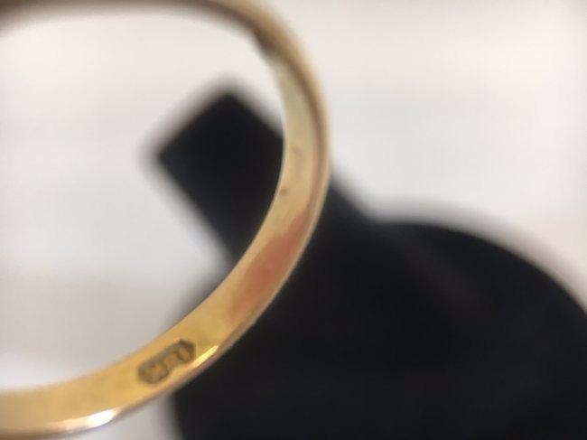 Glamorous Freshwater Pearl Ring set in 14K gold - 4