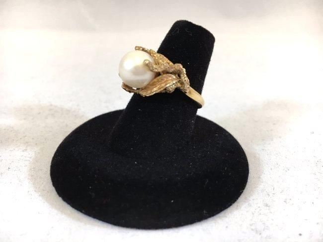 Glamorous Freshwater Pearl Ring set in 14K gold - 6