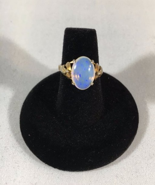 Blue Opal Cabochon Ring set in 14K yellow gold - 4
