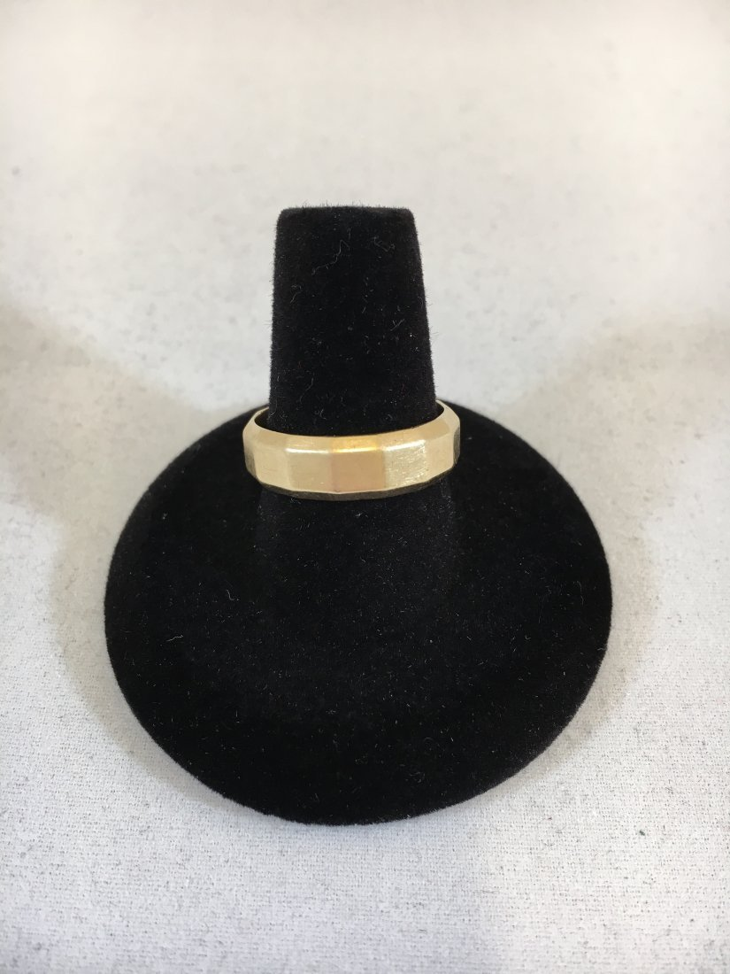 Classic Mens 14K Yellow Gold Band Ring