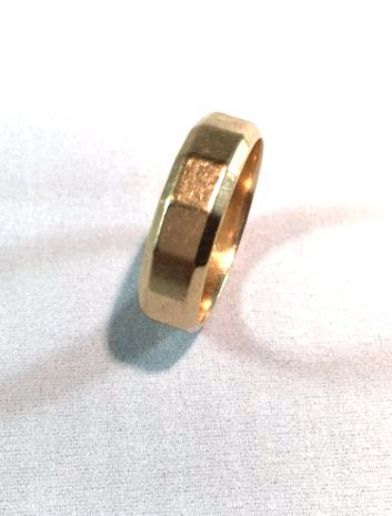 Classic Mens 14K Yellow Gold Band Ring - 3