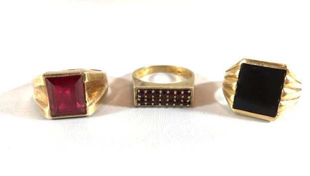 3 Distinguished Mens 14k Gold Rings: Ruby & Onyx