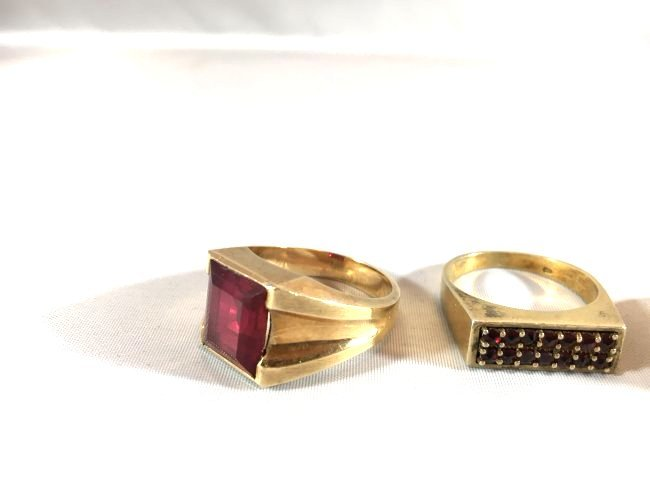 3 Distinguished Mens 14k Gold Rings: Ruby & Onyx - 3