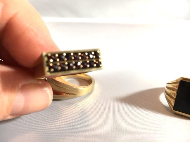 3 Distinguished Mens 14k Gold Rings: Ruby & Onyx - 4
