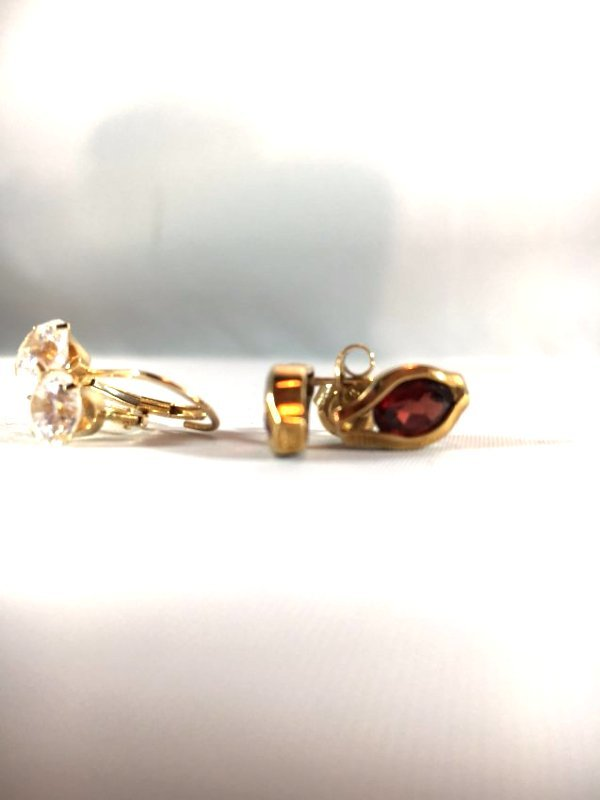 2 pr Garnet Pierced Earrings in 14K Gold - 4