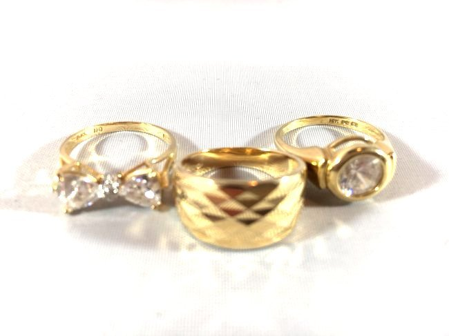 Fabulous Gold Ladies Rings (size 5)