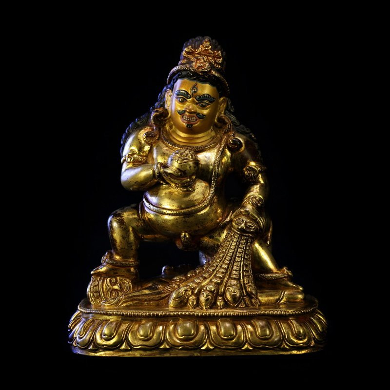 All the gold in the qing dynasty old Buddha black god