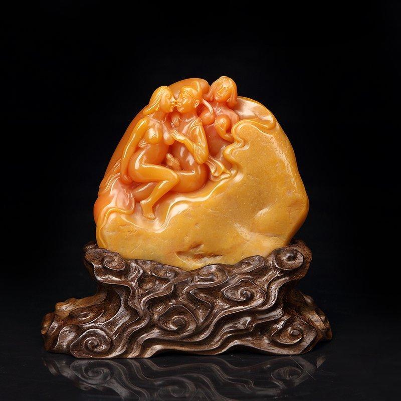 Vintage Shoushan Stone Tian Huang Stone Seal Statue