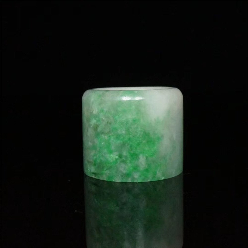 Chinese Qing Style Green jade Archer Ring