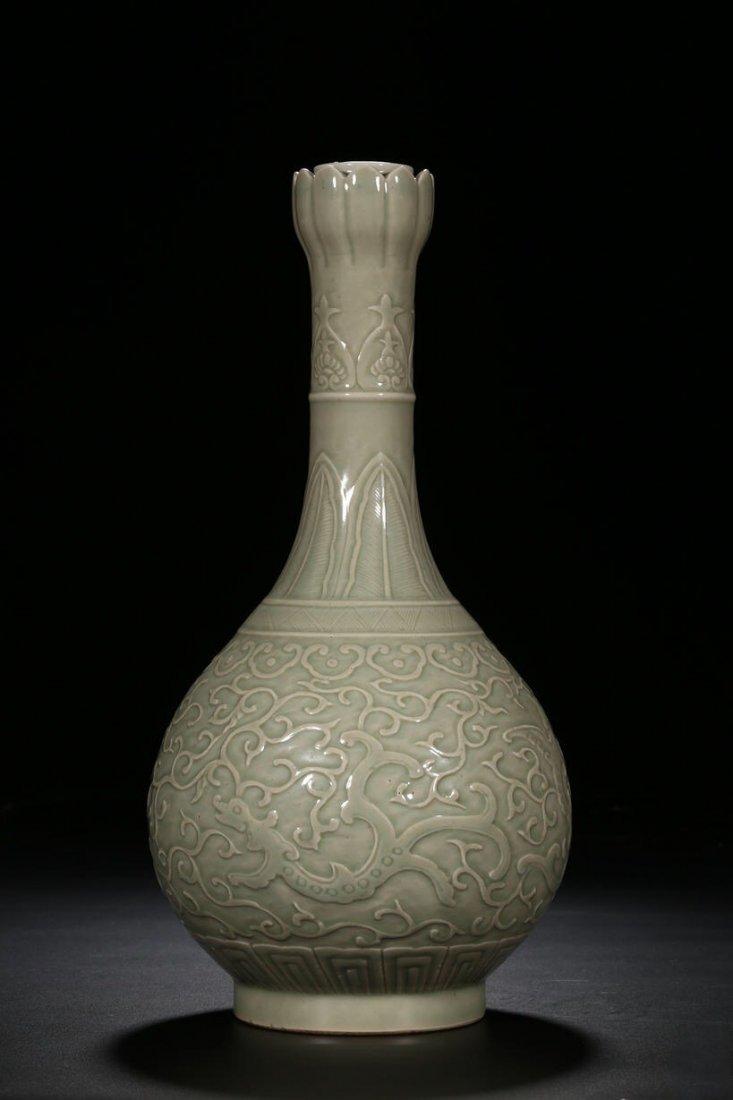 Chinese Qing Dynasty Cyan Glaze Dragon  Porcelain Vase