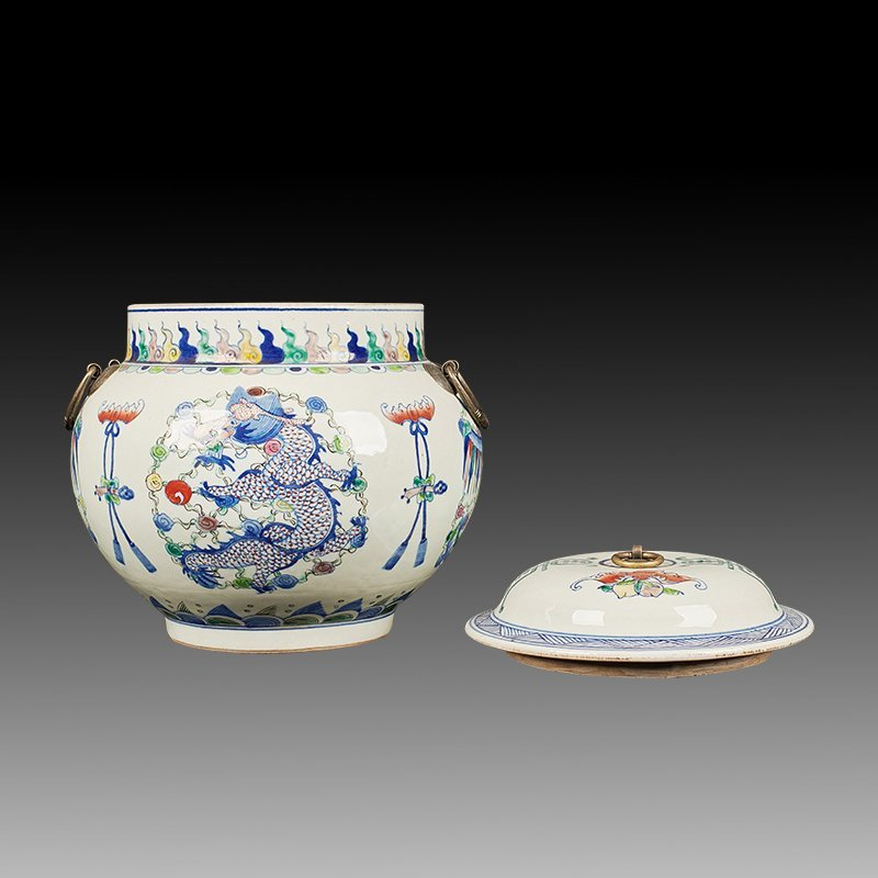 Chinese Doucai Porcelain Ginger Jar - 5