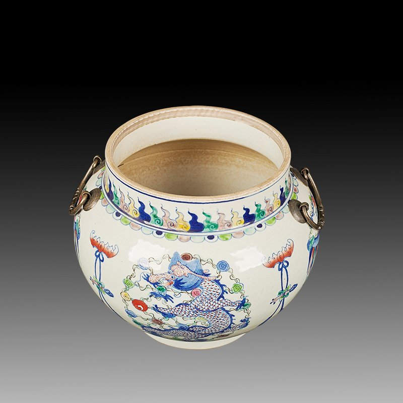 Chinese Doucai Porcelain Ginger Jar - 6