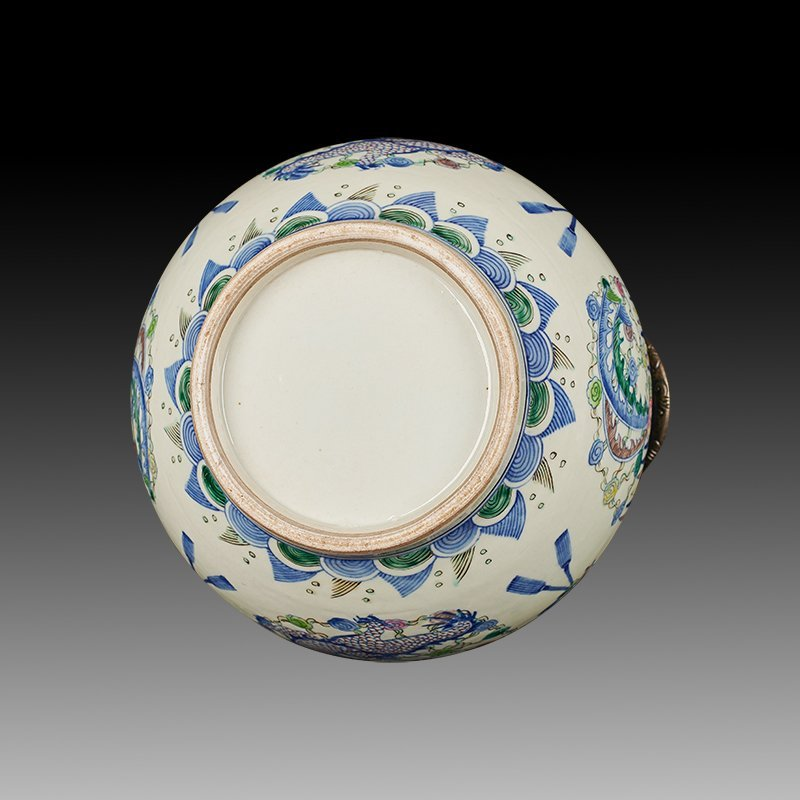 Chinese Doucai Porcelain Ginger Jar - 7