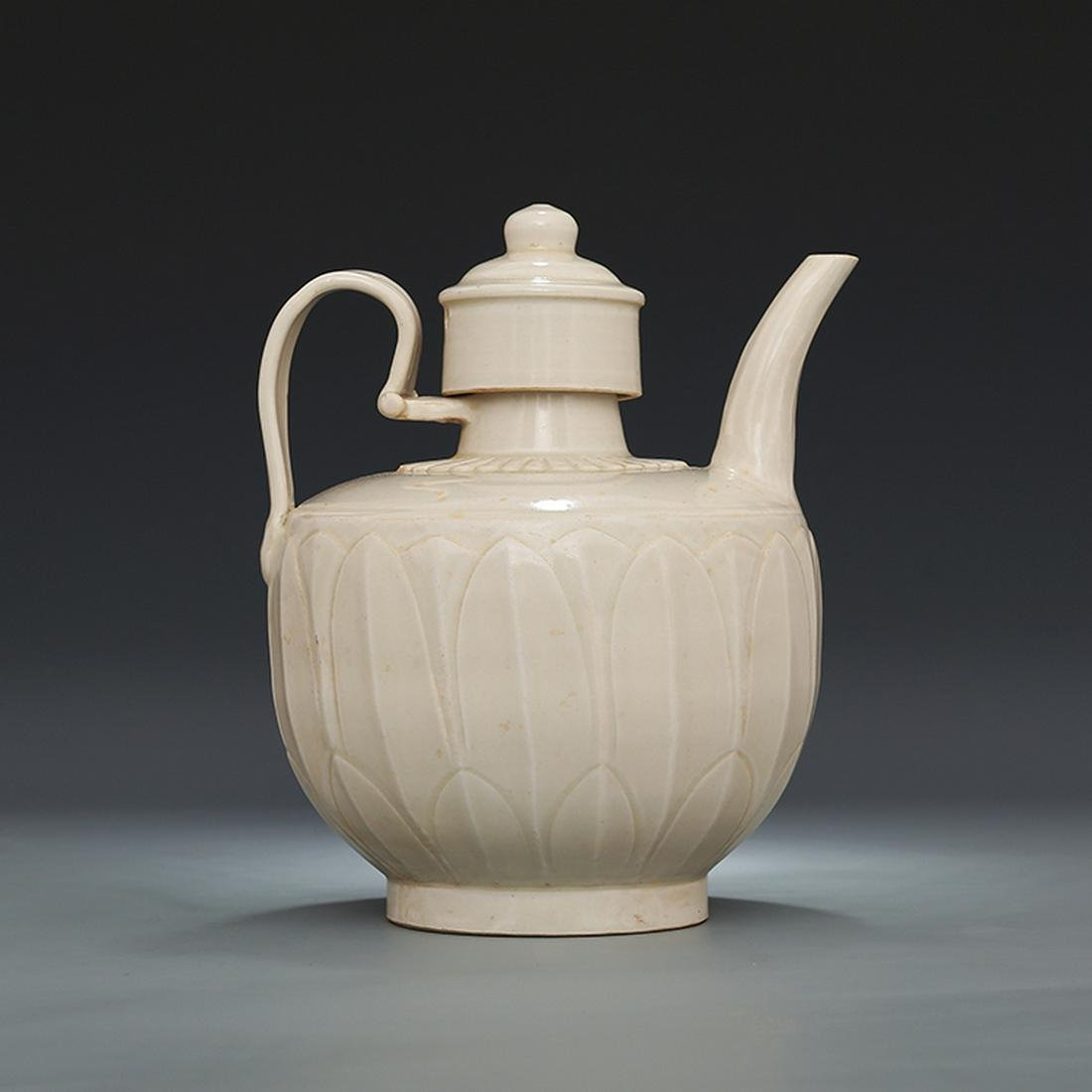 Chinese Ding kiln white glaze Porcelain Pot