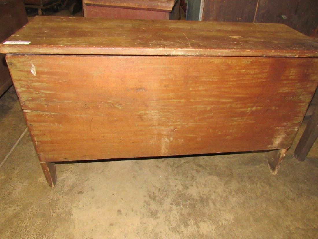 Great early pine blanket chest - 3