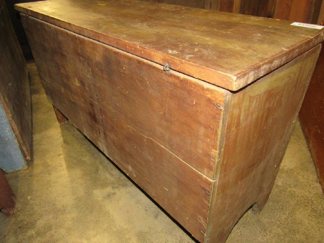 Great early pine blanket chest - 5
