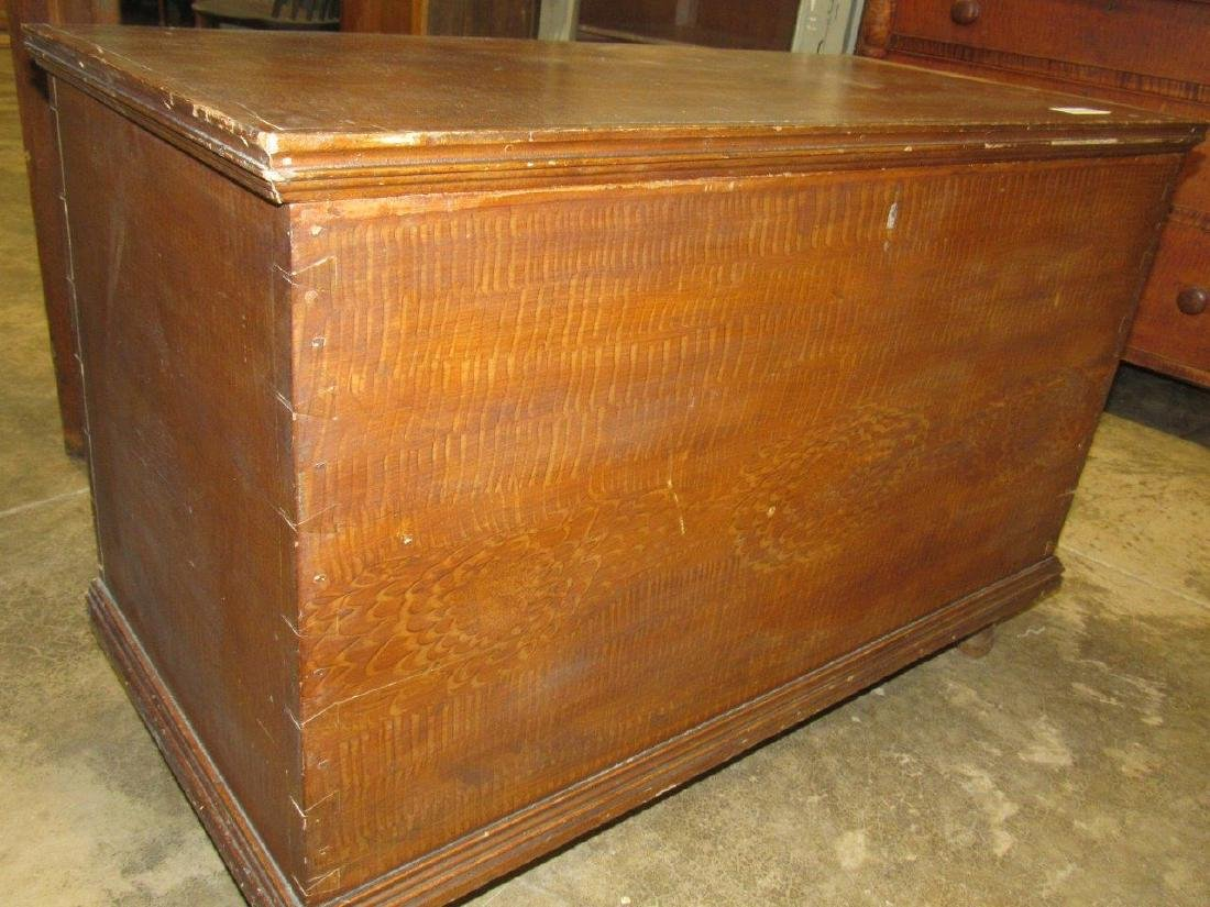 Early grain painted blanket chest - 2