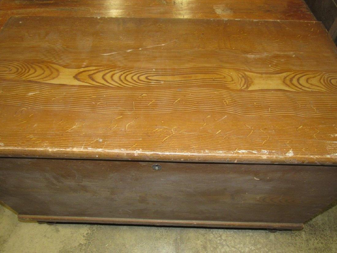 Primitive grain painted blanket chest - 4