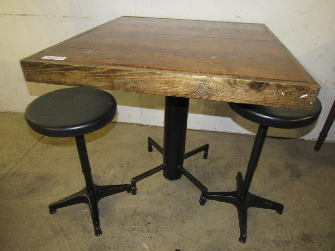 Industrial table & bar stools