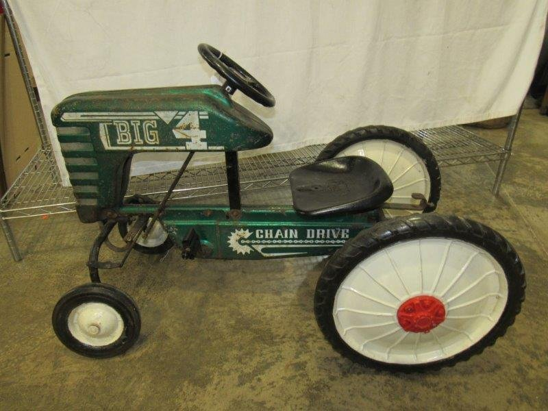 Chain drive Big 4 pedal tractor