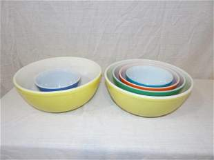 6 Pyrex bowls