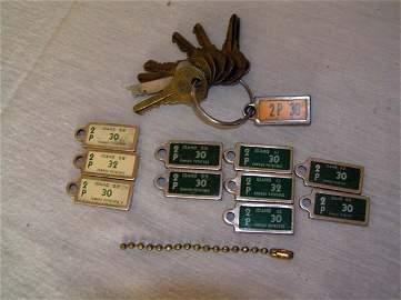 134: Disabled American Veteran Key Tags 2p 1945,3 1958,