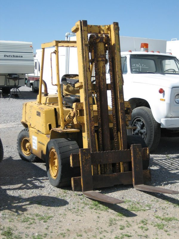 1702: Clark 4 Cyl. Diesel Forklift, Wide Hard Rubber T