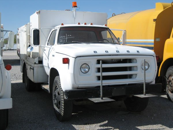1704: 1975 Dodge Jet Pipe Cleaning Truck, Piston Pump,