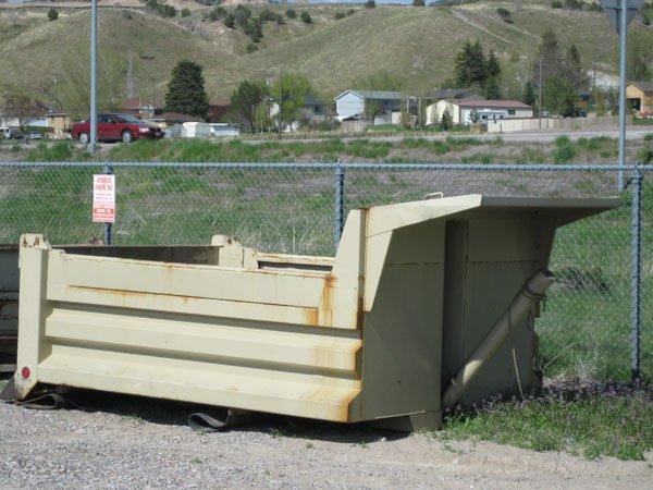 1708: 5/6 Yard Dump Bed