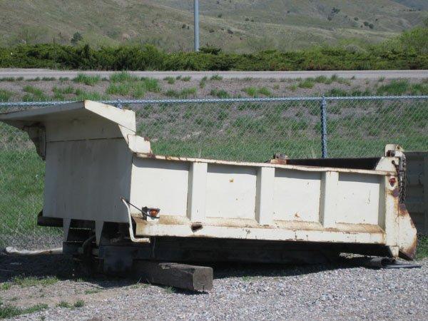 1710: 5/6 Yard Dump Bed