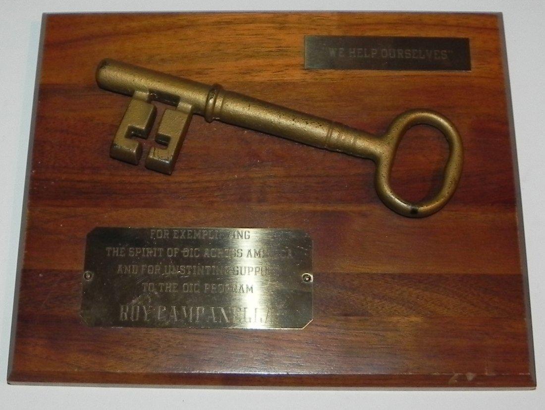 Roy Campanella Owned Award Plaque - Vintage Dodgers