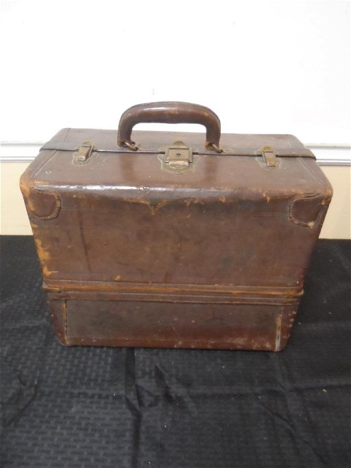 fb0612d6a Knickerbocker Case Co. Leather Tackle Box, Chicago. - Aug 25, 2017 ...