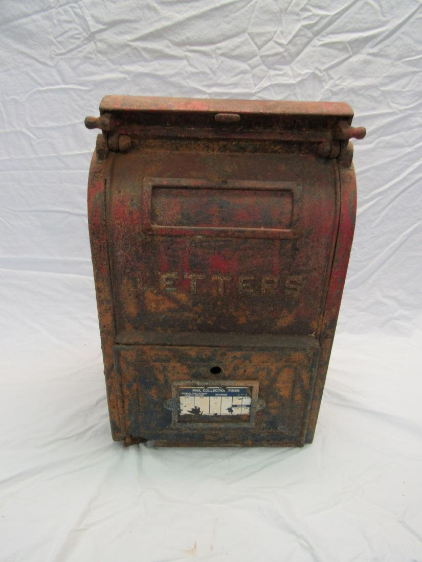 Antique Carl Isle Foundry Co U.S. Mail Box