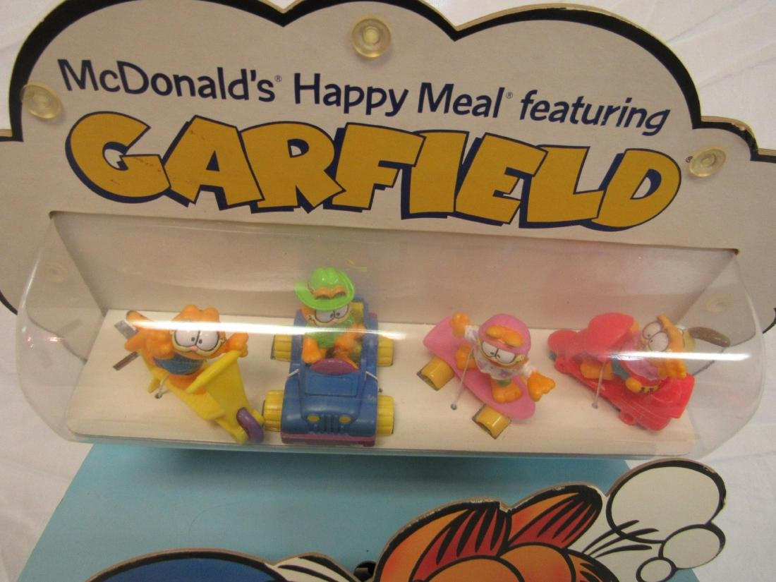 Vintage Garfield McDonalds Toy Display - 2