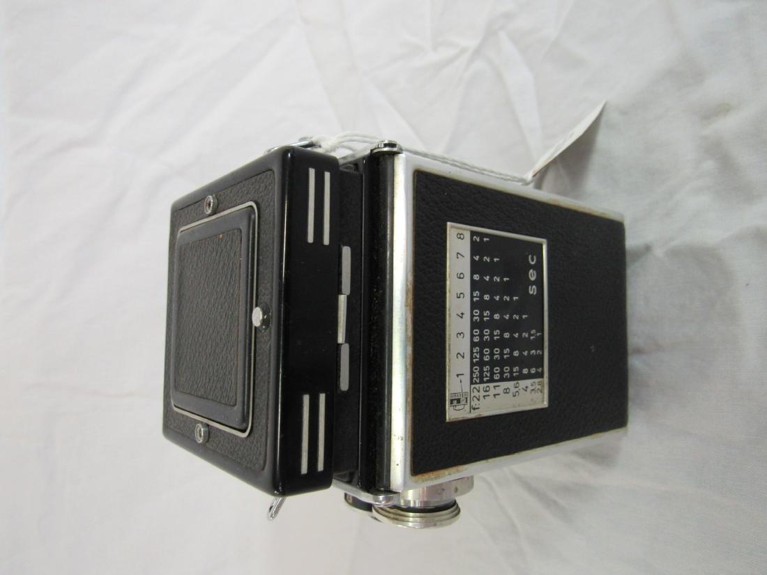 1950's German Rolle flex Camera - 3