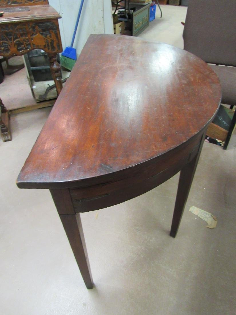 1790's American Demilune Table - 3